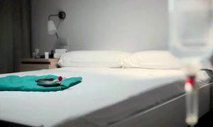 Belgio, Kelly chiede eutanasia a 23 anni perché si sente brutta ed è timida