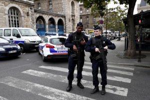 """Parigi, strage in questura: l'assalitore Michael Harpon di notte aveva avuto delle """"visioni"""""""