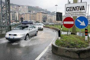 """Maltempo, allerta rossa in Liguria per il 21 ottobre. A Genova pronto piano """"dry-run"""""""