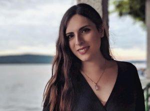 """Giovanna Cristina Vivinetto, ex prof al Kennedy di Roma: """"Io licenziata perché trans"""""""