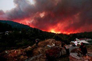 Incendi California, fiamme verso Los Angeles: sfollato anche LeBron James