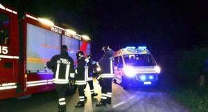 Castell'Arquato, si ribalta più volte con l'auto e finisce in un campo: morto un 32enne