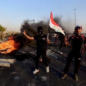 Iraq, proteste contro il carovita: 40 morti. Il Grande Ayatollah sciita al-Sistani appoggia i manifestanti