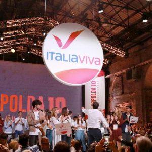 Renzi ha presentato il simbolo di Italia Viva alla Leopolda