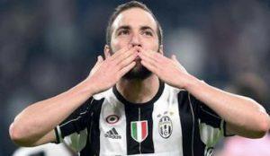 Juventus Higuain Champions Inter favorito su Dybala