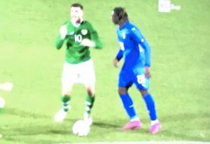 Kean espulsione Italia under 21 Irlanda spinta avversario
