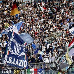 Lazio, Uefa apre un procedimento per i saluti romani dei tifosi alla partita col Rennes