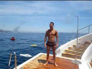 Lilli Gruber Cristiano Ronaldo muscoli lato b uomo ideale
