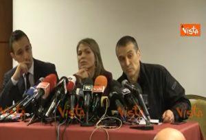 La conferenza stampa del padre di Luca Sacchi