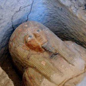 """Egitto, a Luxor scoperte 20 bare di legno colorate: """"Forse destinate a sommi sacerdoti"""""""