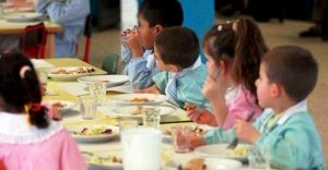 Bologna, 60 bimbi di tre scuole col mal di pancia dopo il pranzo a mensa