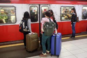 Una fermata della metro a Milano, Ansa
