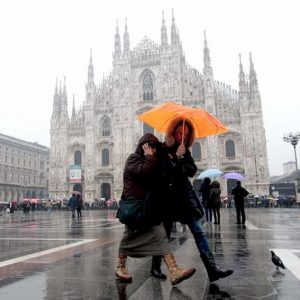 Previsioni meteo del weekend 19-20 ottobre: pioggia al Nord, caldo al Sud