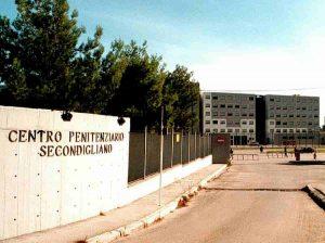 Napoli: in carcere non si vede Sky e la carne non è buona. Protesta dei detenuti a Secondigliano