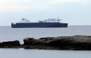 Nave cargo Grimaldi, incidente a bordo per maltempo: un morto e un ferito