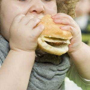 Obesi in Italia fra i 5 e i 19 anni sono il 36,8%Obesi in Italia fra i 5 e i 19 anni sono il 36,8%