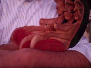 Cattolici integralisti rubano e gettano nel Tevere la Madre Terra amazzonica