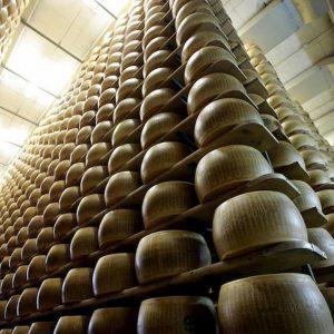 Dazi Usa, in Italia colpiti anche parmigiano e pecorino, amari e liquori