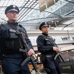 La polizia tedesca, foto Ansa