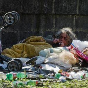 Campania e Sicilia le prime due regioni in Europa a più alto rischio povertà