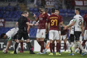 Roma, rigore inventato, l'arbitro ammette l'errore