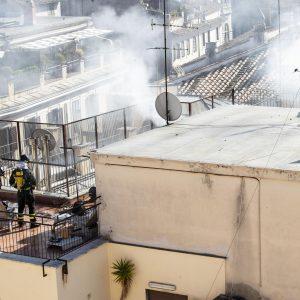 Roma, incendio alla sede dell'Ordine dei Giornalisti a via della Torretta FOTO