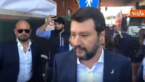 Salvini, blitz all'impianto rifiuti di Rocca Cencia: l'Ama non lo fa entrare VIDEO