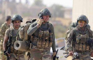 Siria: arrivano i russi nelle basi americane, rallenta l'attacco turco
