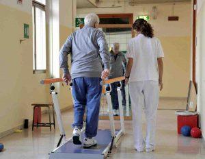 Trapianto di vertebre umane al Rizzoli di Bologna: è la prima volta al mondo 01