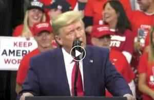 Orgasmo al comizio, Donald Trump come Meg Ryan...ma parlava di spionaggio VIDEO