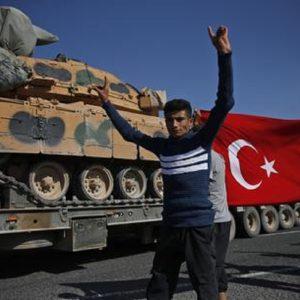 Siria: Hevrin Khalaf uccisa dai miliziani filo-turchi, era attivista per i diritti delle donne