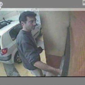 Xavier Dupont, il mostro di Nantes arrestato in aeroporto a Glasgow. Nel 2011 uccise moglie e 4 figli
