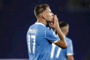 Serie A Lazio Roma zona Champions cade Fiorentina a Verona