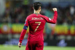Cristiano Ronaldo stacca Messi nella classifica delle triplette