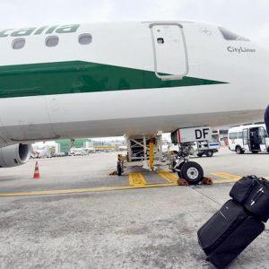 Alitalia, nessuno la vuole. Fs dopo Atlantia: ora non ci sono le condizioni