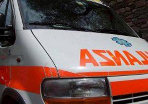 ambulanza in servizio ansa