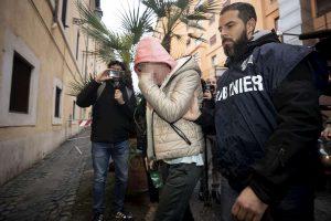 Luca Sacchi, indagata la fidanzata Anastasia: nello zainetto 70mila euro, doveva comprarci 15 kg di droga