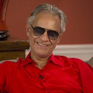 Andrea Bocelli difende Placido Domingo: assurdo negare i teatri
