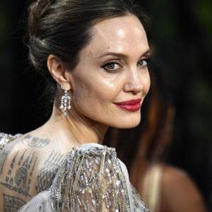 "Angelina Jolie, allarme bomba sul set del film Marvel ""The Eternals"""