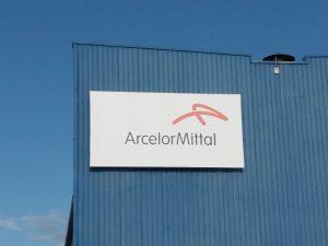 """ArcelorMittal: si buca la caldaia, il fuoco nell'Acciaieria 2. """"Fiamme altissime"""""""