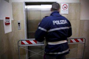 Roma, portiere muore nella tromba dell'ascensore. Era il palazzo della sede de L'Ulivo