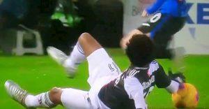 Atalanta Juventus Cuadrado mano gol Higuain andava annullato