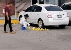 poliziotto ucciso in strada in messico