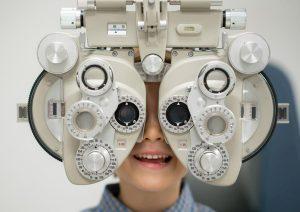 """Occhio pigro, screening gratis ai neonati a Roma il 23/11. L'ortottista: """"Gli occhi dei bambini plastici fino a 5 anni"""""""