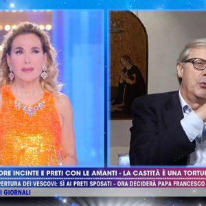 Vittorio Sgarbi a Barbara D'Urso: Sei indemoniata