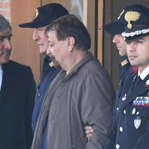 Cesare Battisti, fine pena mai: la Cassazione non cancella l'ergastolo