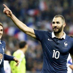 Francia esclude Benzema: Fatemi giocare Algeria. Arriva secco no
