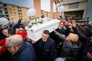 """Bimbo ucciso a Cardito, il medico legale: """"C'è stata una violenza brutale"""""""