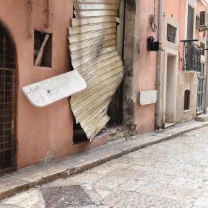Foggia, esplosione in ristorante del centro storico: donna rimasta ferita