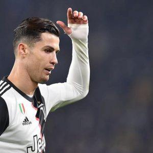"""Cristiano Ronaldo a Sarri: """"Figlio di..."""". Il labiale secondo la stampa portoghese"""